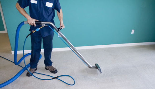 Dry vs. Wet Carpet Cleaning